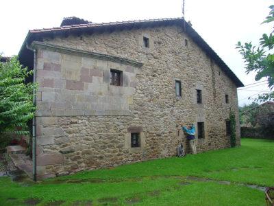 Ampliación de casa rural en Santander